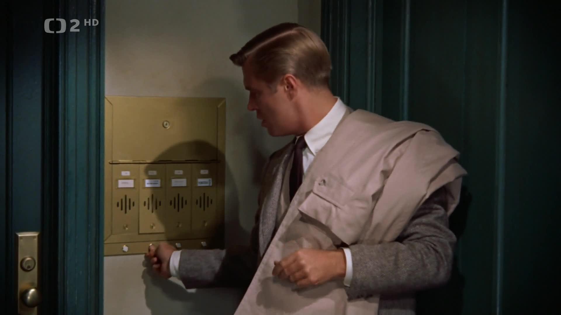 Snidane u Tiffanyho 1961 CZ dabing Komedie  Drama