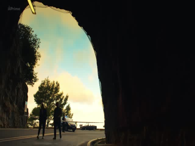 Vrazedna Mallorca S01E02 Kral hor CZ dabing