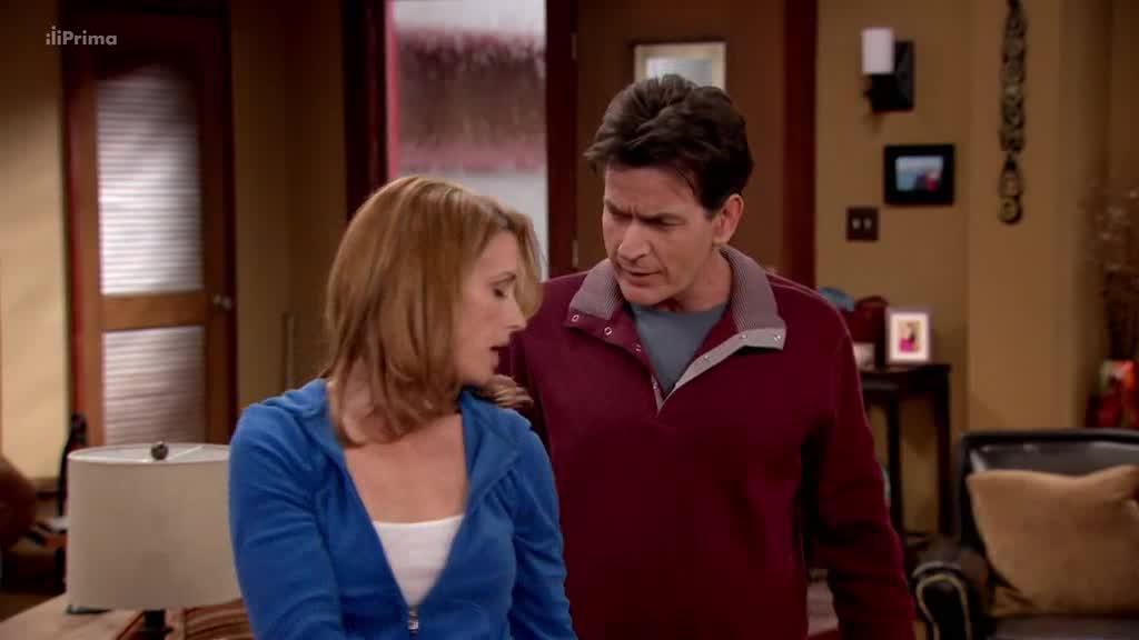 Kurz sebeovladani S01E03 Charlie zkousi spankovou deprivaci